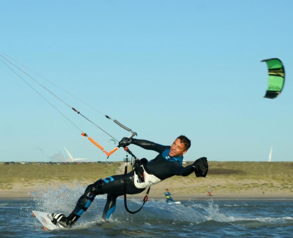 Kite repair - Barry